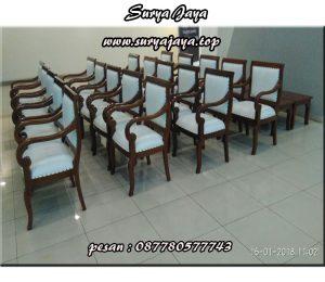 sewa kursi kayu VIP