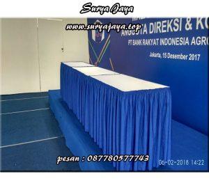 pusat rental meja kotak untuk memenuhi kebutuhan meja di acara anda