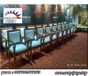 rental kursi kayu VIP berkelas seperti di keraton-keraton murah