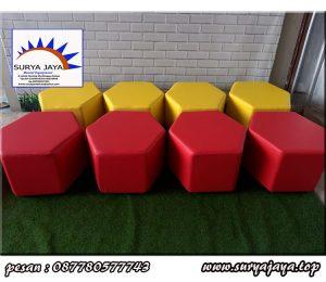sewa kursi puff limas untuk acara berkualitas anda di wilayah jabodetabek dan karawang hubungi 0878-8332-0001