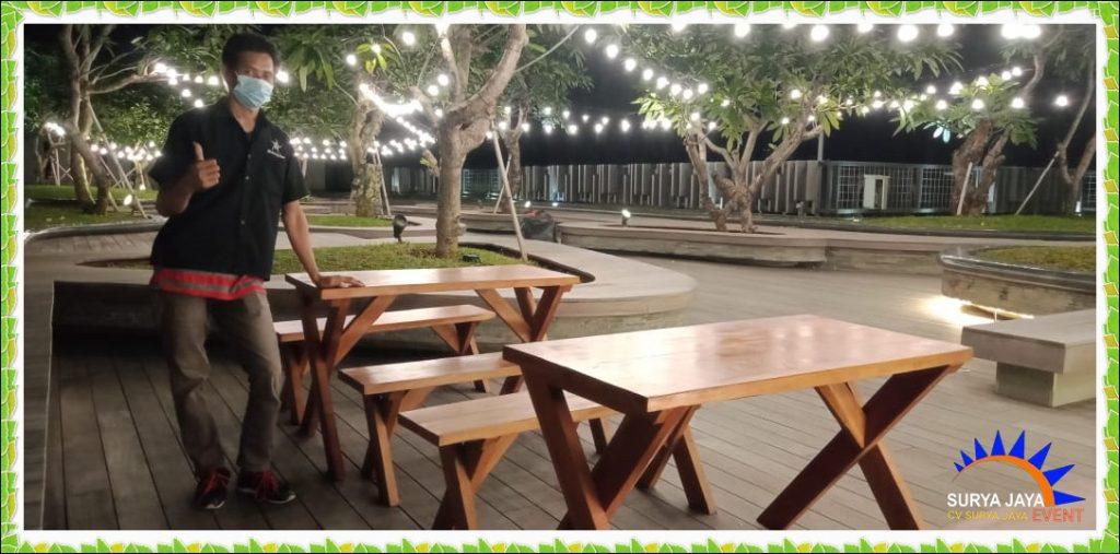 Rental Meja Taman Kayu Kualitas Terbaik Di Bekasi