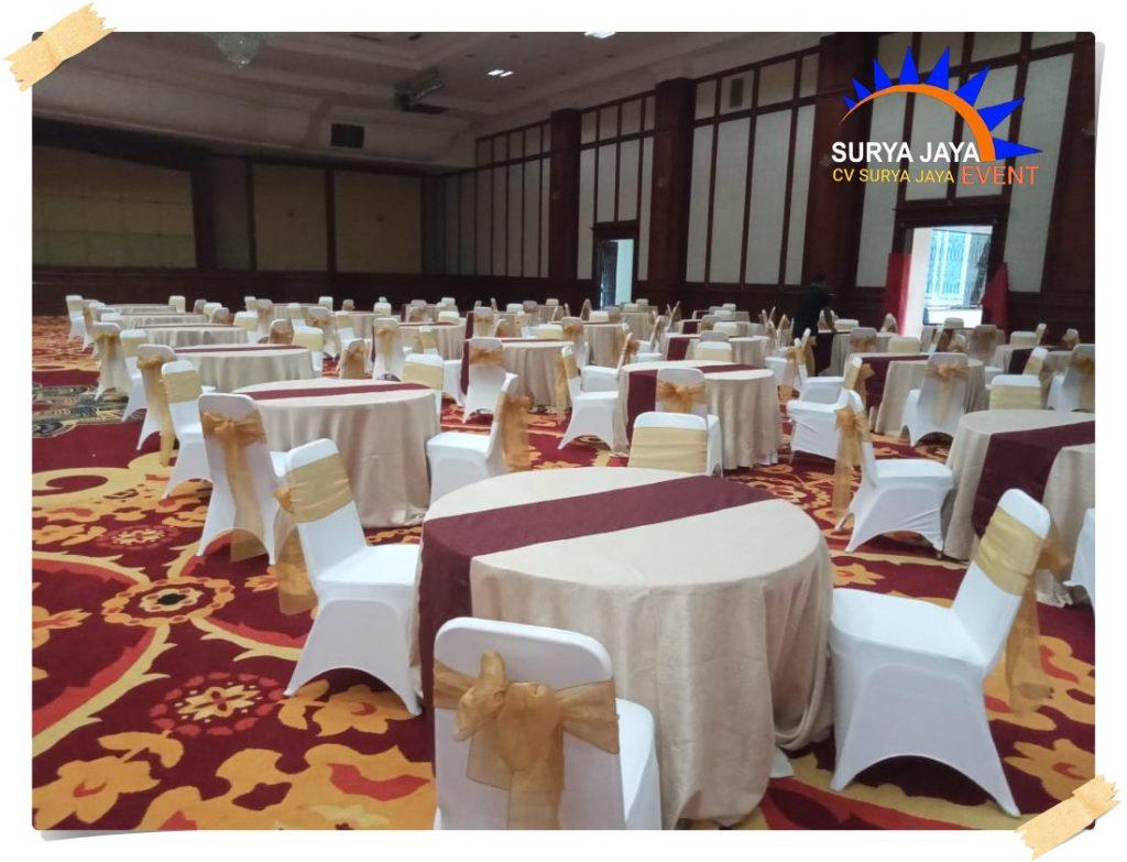 Sewa Round Table Di Kota Jakarta