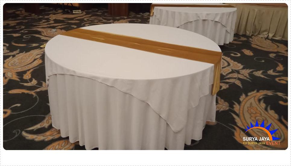 Sewa Meja Di Kota Jakarta Lengkap Dengan Cover Meja