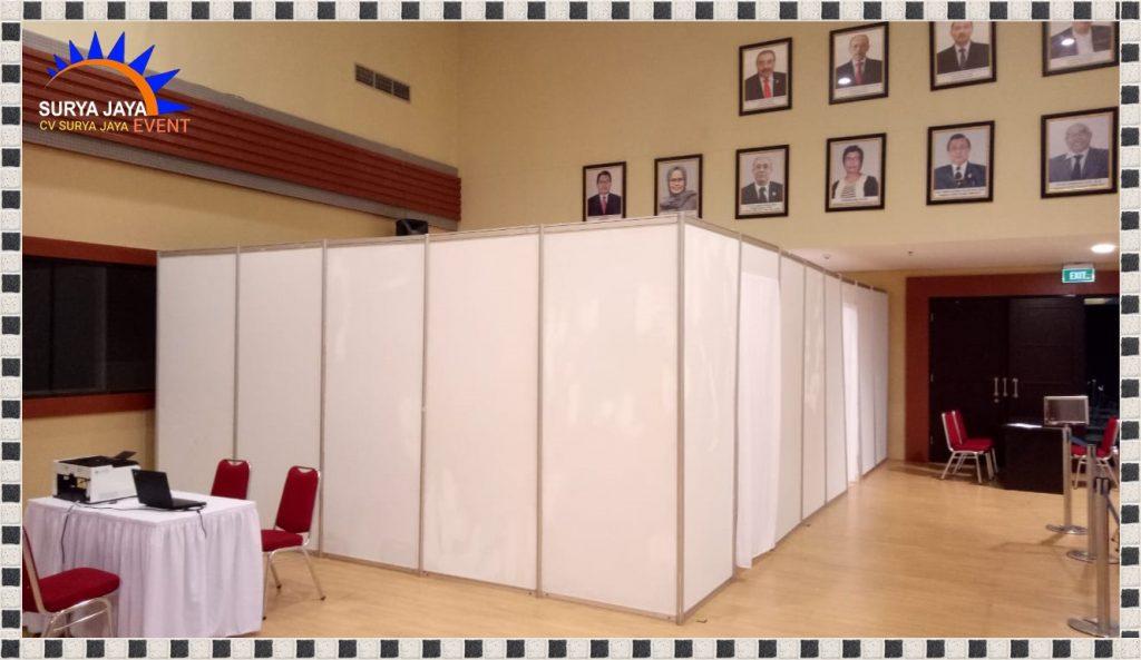 Sewa Ruangan Vaksinasi Dari Partisi R8 Di Jakarta Kota