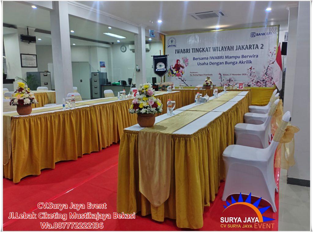 Sewa Meja Dan Cover Berstandar Untuk Bermacam Event